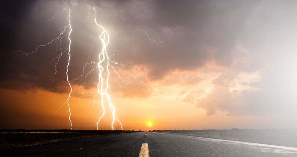 home-header-lightning_01